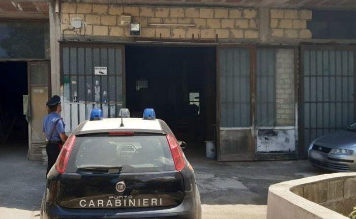 Roghi di rifiuti, controlli dei carabinieri nel Vesuviano:deferito all'Autorità Giudiziaria un 45enne che aveva installato una falegnameria del tutto abusiva in via Torricelli