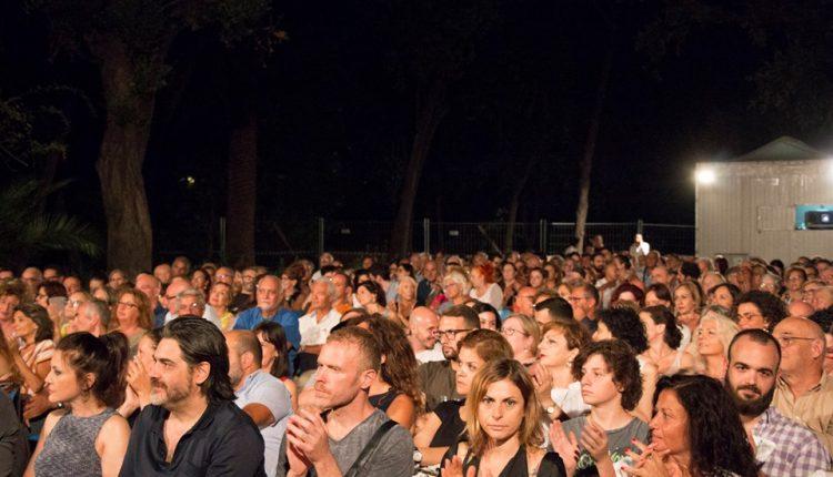"""I FILM BELLI SOTTO LE STELLE – Al via la XXVII edizione di """"Cinema intorno al Vesuvio""""a cura di Arci Movie30 serate di cinema, ospiti nazionali e cortometraggi"""