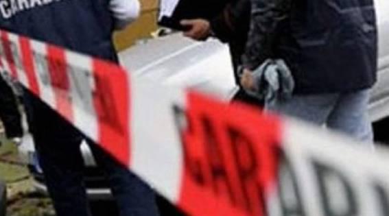 OMICIDIO SUICIDIO A PORTICI – Uccide la compagna a coltellate e si lancia dal balcone