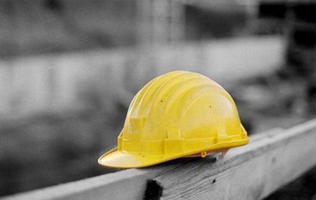 Tragedia a Trecase: un operaio cade e muore nelcantiere. E' il nipote dell'amministratore del comune di Torre Annunziata Michele Pagano