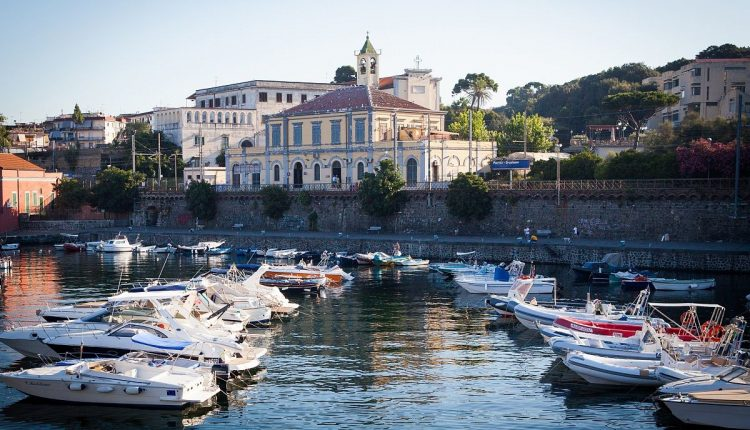 I primati di Portici: la Città del Granatello insignita della qualifica di Città che legge