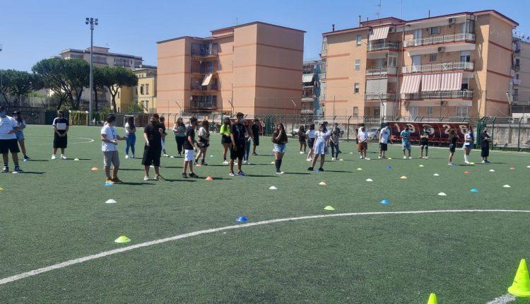 A San Giorgio a Cremano, un evento per celebrare l'ultimo giorno di scuola .L'amministrazione ascolta gli studenti e consegna le pergamene