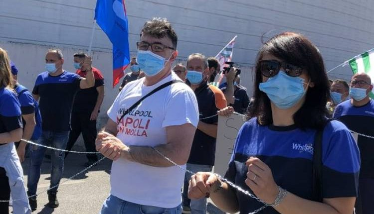 Whirlpool Napoli, vertice al ministero: confermata la chiusura per Ponticelli il 31 ottobre