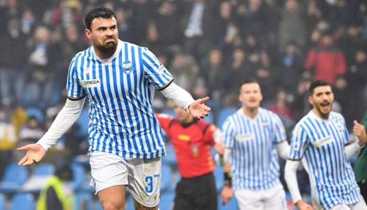Calcio Napoli, Andrea Petagna positivo al Covid: il giocatore asintomatico è in isolamento a casa