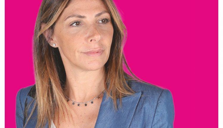 """ELEZIONI AMMINISTRATIVE POMIGLIANO D'ARCO 2020 – Elvira Romano presenta candidatura e liste: """"Appello a un voto responsabile"""""""