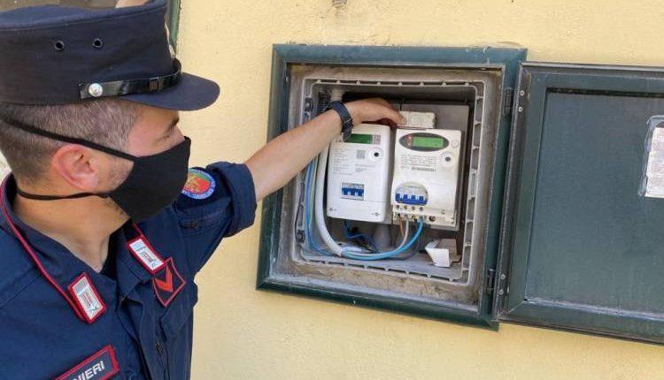 Ruba la corrente per alimentare il suo panificio a Pomigliano d'Arco, 44enne arrestato dai carabinieri
