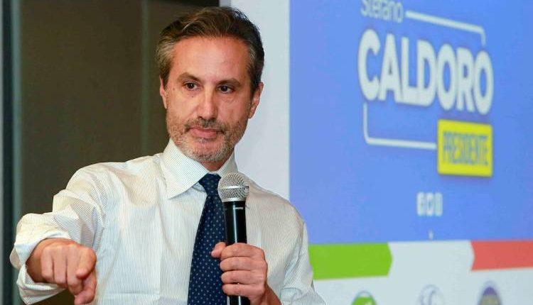 "Stefano Caldoro: ""De Luca vuole chiudere Campania? Va chiuso lui"""
