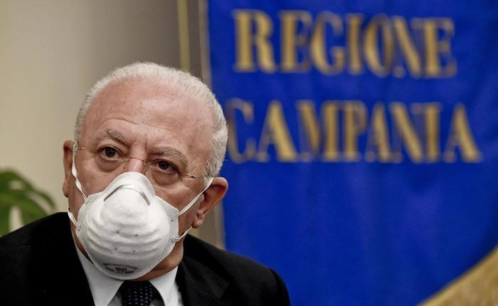 Vigili promossi a membri dello staff, indagato il Governatore  De Luca che  è stato già ascoltato dai pm di Napoli