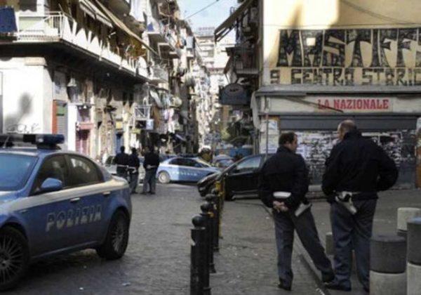 Due sparatorie nei vicoli di Forcella, saltano gli equilibri di camorra nei vivoli al centro di Napoli