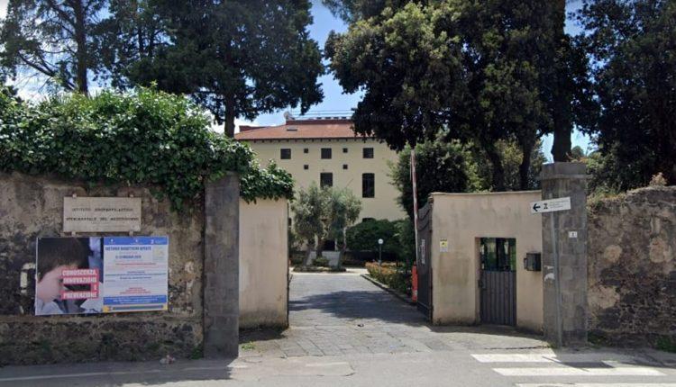 Coronavirus, perquisizioni all'Istituto zooprofilattico di Portici, indagato il direttore Limone, indagine sull'affidamento ai privati dell'esecuzione dei tamponi