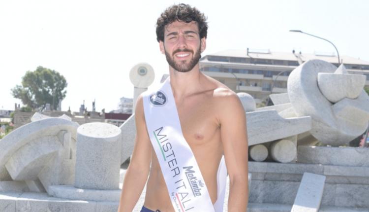 Mister Italia 2020, il più bello è Giuseppe Moscarella di Torre del Greco