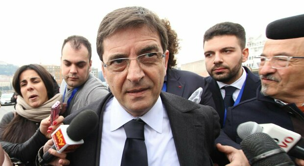 """Camorra, Nicola Cosentino assolto in appello. L'ex sottosegretario: """"Nove anni di inferno. Nessuno potrà cancellare la mia sofferenza e quella dei miei familiari"""""""