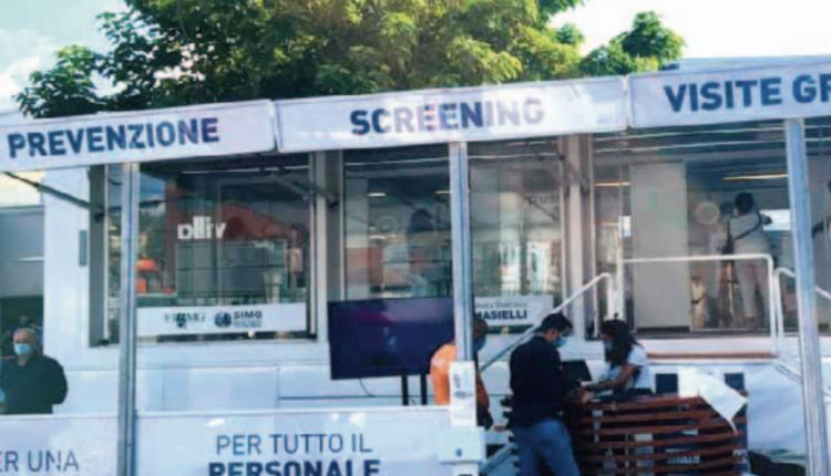 In Campania screening obbligatorio sul personale scolastico