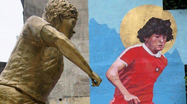 Da Bruscolotti a Mourinho, valanga affetto per 60 anni del Pibe  De oro: mille videoauguri a Maradona