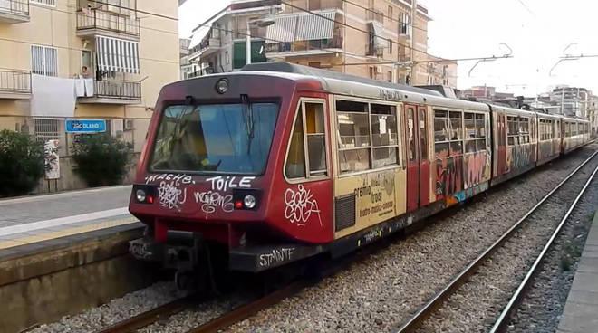 Emergenza Covid, tutti i treni sospesi a Pasqua e Pasquetta