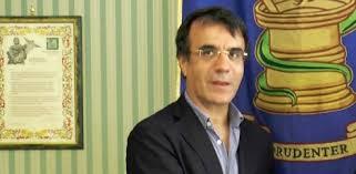 Vaccino antinfluenzale, solo 11 dosi a ogni farmacia in Campania