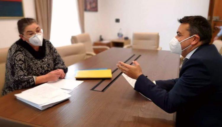 """A POMIGLIANO D'ARCO – Il sindaco nomina la Giunta e incalzano le polemiche sugli assessori. Del Mastro: """"Pomigliano è una città europea e la mia giunta è un valore aggiunto"""""""