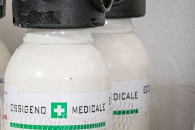 """EMERGENZA COVID19 – Da questa settimana in arrivo 200 bombole di ossigeno. Federfarma: """"Ancora poche ma è un primo passo"""""""