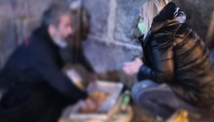 TRATTO DA UNA STORIA VERA – A Sant'Anastasia soccorrono un senza fissa dimora e l'assessora Giliberti lo porta a conoscere al Comune