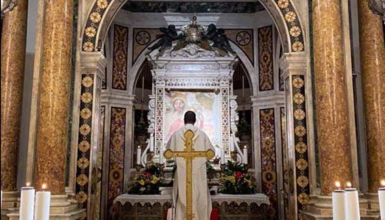 Covid19: il cardinale Sepe positivo, in isolamento. Al Santuario di Madonna dell'Arco sospese le celebrazioni