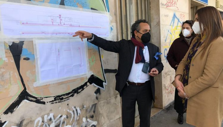 A Sant'Anastasia iniziano i lavori alla stazione Circum per i percorsi dei non vedenti, ma non invitano il sindaco Esposito