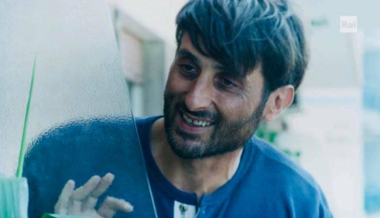 Luca Varone interpreta Enrico Schiapparelli in Mina Settembre: la storia di un'amicizia che porta al cambiamento