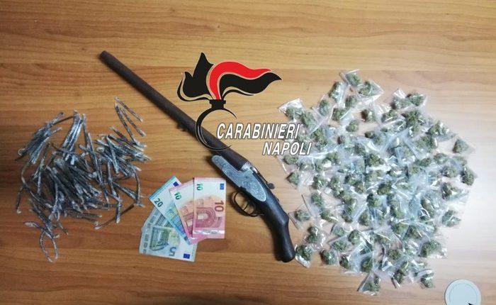 A Brusciano, fucile e droga in sottotetto: sequestro dei carabinieri