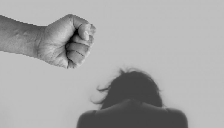 OPPORTUNITA' FORMATIVE ON LINE: VIOLENZA DI GENERE, AL VIA IL PERCORSO FORMATIVO DEL CONSORZIO PROODOS