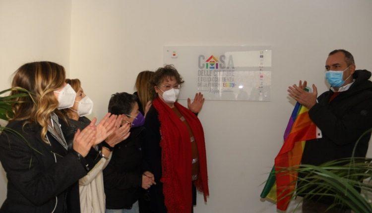 E' stata inaugurata a Napoli la Casa delle culture dell'accoglienza per le persone Lgbt+ vittime di discriminazione o marginalità sociale