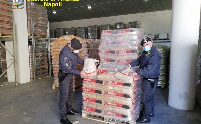 L'operazione della Guardia di Finanza – Sequestrati 220 tonnellate di pellet e un autolavaggio abusivo