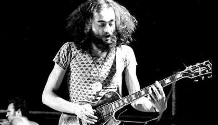 Addio a Danilo Rustici, il fondatore e chitarrista della storica band napoletana degli Osanna