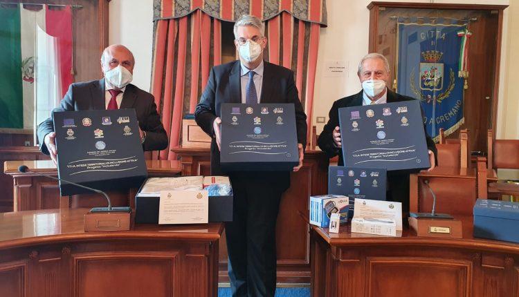 A San Giorgio a Cremano, kit con attrezzature biomedicali per monitorare il proprio stato di salute consegnati alle famiglie dei positivi al Covid