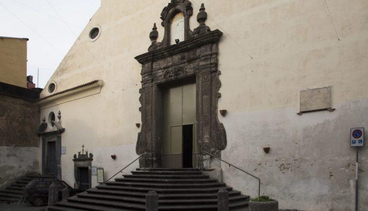 Dopo l'appello, al via i lavori per abbattere le barriere architettoniche alla Collegiata di Somma Vesuviana: si parte il 14 giugno