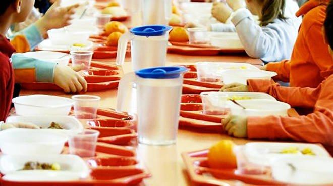 A Massa di Somma, da mercoledì 5 maggio sarà attivato il servizio di refezione scolastica presso il plesso Esperimenta: soddisfatti l'assessora Pina Iorio e il sindaco Gioacchino Madonna