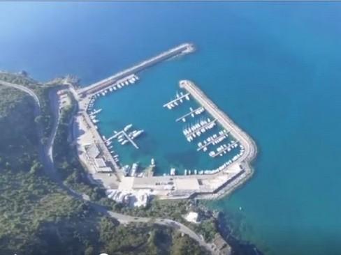 """Ecco le """"Vie del Mare"""", collegamenti tra 27 porti da Napoli al Cilento. Il progetto del Governatore De Luca diventa realtà"""
