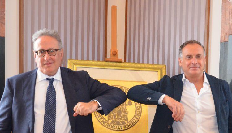 Federico II e Oracle Italia firmano un accordo di collaborazione per promuovere la digitalizzazione virtuosa delle imprese italiane