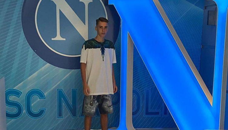 UN SOGNO DI MEZZA ESTATE – L'ex capitano della Paganese calcio, firma con le giovanile del Calcio Napoli: Luigi Di Fiore pronto per la nuova avventura