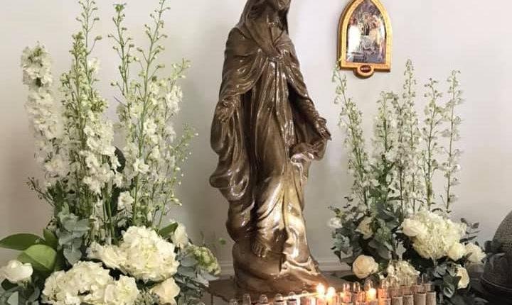 Dopo un accurato lavoro di restauro torna agli antichi splendori la statua della Madonna del subacqueo e del pescatore