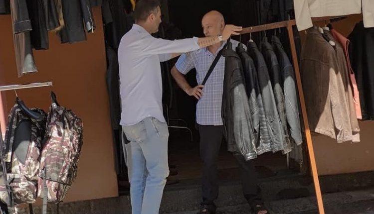 IN GIRO PER LA CITTA' – A Ercolano il consigliere Sabbarese passeggia per Resina, tra storia, tradizioni e purtroppo rifiuti