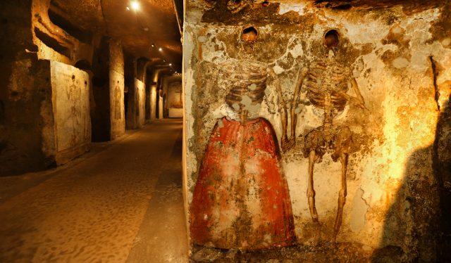 Catacombe alla Sanità, turismo da record a Napoli: col green pass