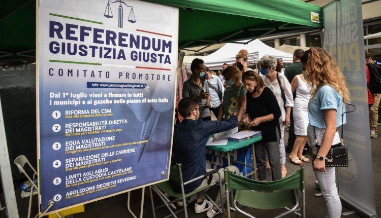 """Il gota del diritto  e il segretario nazionale del Partito Radicale Maurizio Turco a Sant'Anastasia per parlare di """"Giustizia giusta"""""""