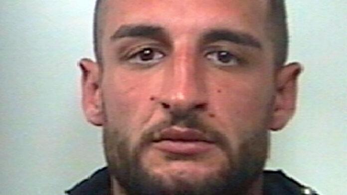 Scacco alla Camorra – I carabinieri arrestano Francesco Rinaldi, era ai domiciliari e torna in carcere
