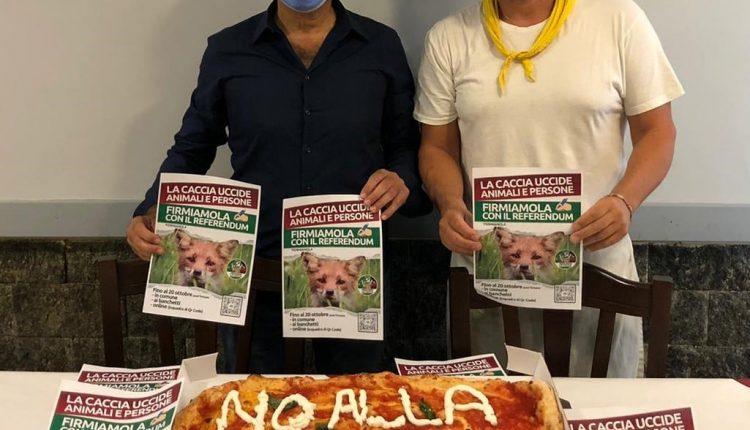 Nella città di Massimo Troisi la prima pizza contro la caccia: l'iniziativa del Comitato Ambientalista Terra Dea di San Giorgio a Cremano