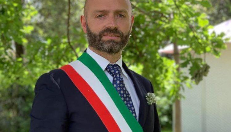 ELEZIONI A MASSA DI SOMMA – Gioacchino Madonna riconfermato sindaco con più del doppio dei voti sullo sfidante, prima eletta Pina Iorio