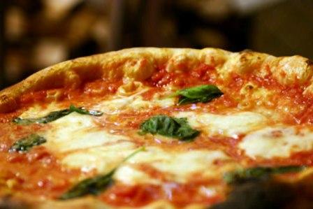 Con una pizza aiuto a malati Alzheimer  Iniziativa di Amnesia con l'istituto Pizza e associazione 'Regina Margherita'