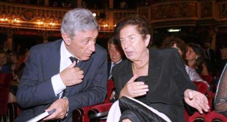 Rifiuti, condannati Bassolino e Iervolino «Lavoratori pagati ma non lavoravano»