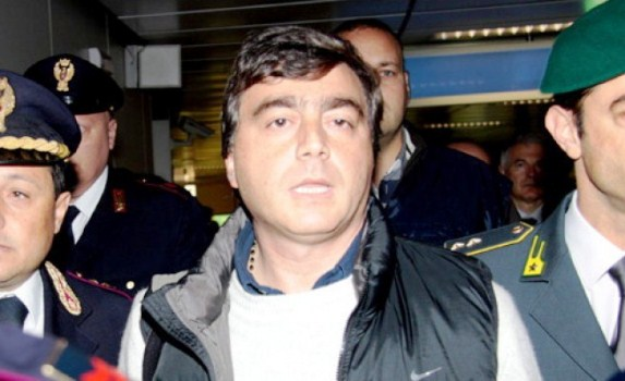 Cassazione,confermati i 3 anni e 8 mesi inflitti dal gup di Napoli per Lavitola