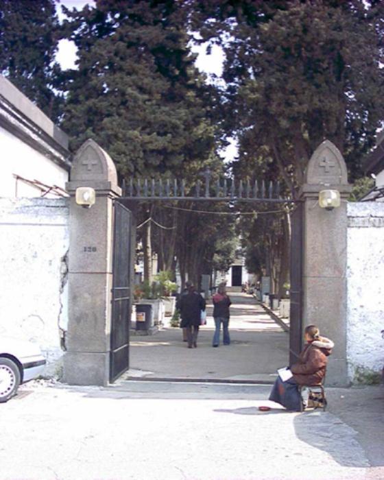 Probabile omicidio nel cimitero di Sant'Anastasia