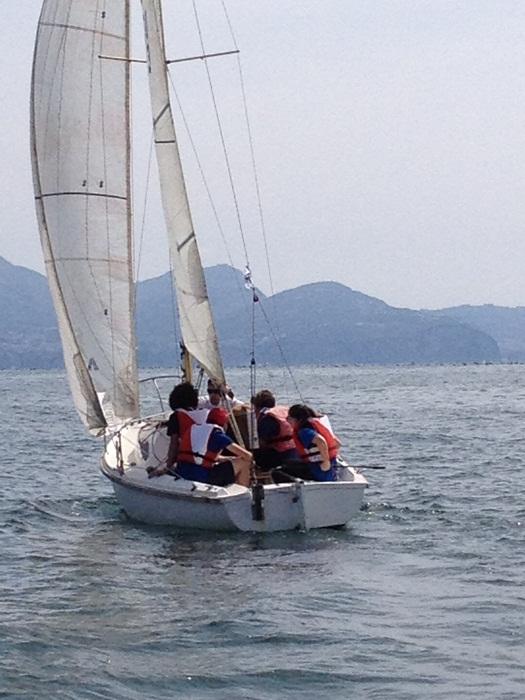 """Torre del Greco: Lezioni di vela, i ragazzini vincono il concorso """"Sea – clean"""""""