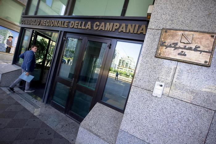 Il Presidente della Corte dei Conti Sciascia, sul consiglio rewgionale della Campania: spese 'leggere'  Non riscontrata correlazione con finalità istituzionali